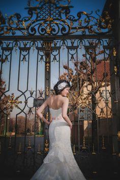 Suki & Steven's beautiful pre wedding portraits at Prague Castle by American Photographer Kurt Vinion Prague Castle, Wedding Portraits, Destination Wedding, Wedding Photography, Romantic, American, Couples, Wedding Dresses, Hong Kong