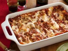 Lasagne Alla Bolognese - Recipe courtesy Gabriele Corcos and Debi Mazar, Show:Extra Virgin, Episode:Lasagna to the Rescue