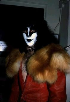 Kiss Images, Kiss Pictures, Eric Carr, Kiss Photo, Hot Band, Fake Photo, Tom Hiddleston Loki, Black Veil Brides, Marvel Movies