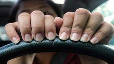 Des conseils pour vos ongles qui dédoublent! - Trucs et Astuces - Des trucs et des astuces pour améliorer votre vie de tous les jours - Trucs et Bricolages - Fallait y penser !