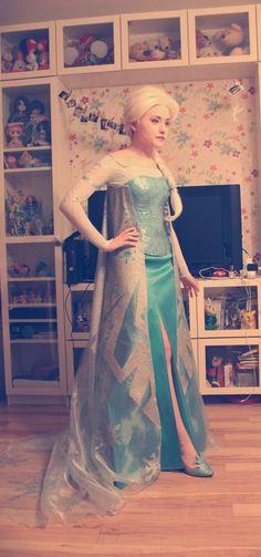 elsa cosplay sequins | visit tintintink tumblr com