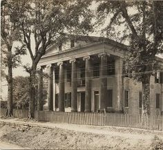 Two story Greek revival with Ionic columns. Old Southern Plantations, Southern Plantation Homes, Louisiana Plantations, Southern Mansions, Plantation Houses, Louisiana Homes, Southern Architecture, Revival Architecture, Old Mansions