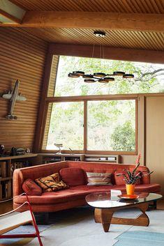 Kallis House by Rudolph Schindler – Maison – Décoration – Home – Interior Living Room Modern, Living Room Interior, Home Interior Design, Home And Living, Interior Architecture, Living Spaces, Living Room 70s, 1960s Interior, Exterior Design