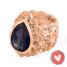 Ring Ring ANNABETH Iolith sterling Silber 925 designed by Olga Ribler. Dieser Ring ist in Silber Weiss Rhodium, Rosé und Gelbgold vergoldet).