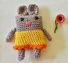 Maize Hutton: Boxy Bunny - link to free pattern