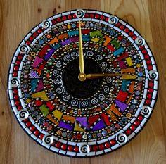 Razzle Dazzle Mosaic Clock