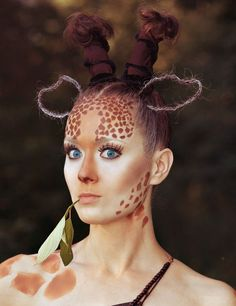 Looking for for inspiration for your Halloween make-up? Browse around this site for creepy Halloween makeup looks. Giraffe Costume, Jungle Costume, Creepy Halloween Makeup, Costume Halloween, Halloween Make Up, Halloween Ideas, Zebra Makeup, Animal Makeup, Theatrical Makeup