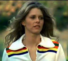 The Bionic Woman - Lindsay Wagner I loved this show and hated that she forgot she loved Steve Austin 1970s Tv Shows, Old Tv Shows, Tv Vintage, Stars D'hollywood, Bionic Woman, Steve Austin, Classic Tv, Star Wars, Reality Tv