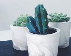 Small marbled cement pots / planters for plants or candles in grey/white porcelain concrete - vase