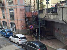 Napoli, poliziotti della DIGOS salvano anziano dal suicidio in Via Cilea   Report Campania
