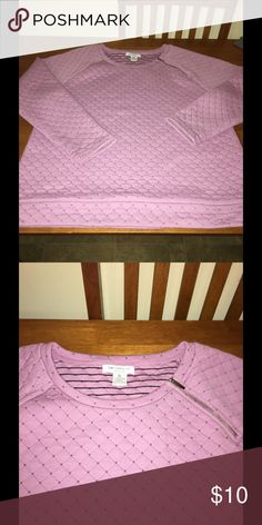 Liz Claiborne XL Quilted Sweatshirt Light purple quilted sweatshirt top.  Has side angle zipper accent at neckline.  Size XL.  Liz Claiborne.  Excellent condition, no pilling or defects.  Important:   All items are freshly laundered as applicable prior to shipping (new items and shoes excluded).  Not all my items are from pet/smoke free homes.  Price is reduced to reflect this!   Thank you for looking! Liz Claiborne Tops Sweatshirts & Hoodies