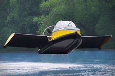 The Flying Hovercraft - Hammacher Schlemmer this site has awesome christmas gifts. Hammacher Schlemmer, Cars Vintage, E Mobility, Flying Car, Flying Ship, Gasoline Engine, Cool Technology, Technology Innovations, Transportation Technology