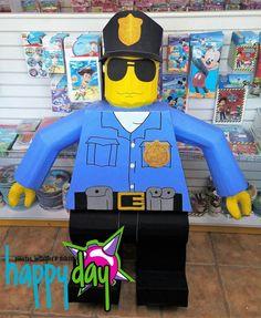 Piñata lego policia.