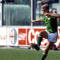 FIFA World Cup - Italia 1990<br /> Stadio Ferraris, Genoa, Italy.<br /> Round of 16, Ireland v Romania.<br /> Chris Morris - Ireland
