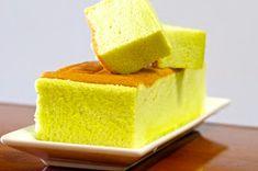 Wendy'S Small Small World: Pandan Ogura Cake (相思蛋糕) Melt In Your Mouth Cake Recipe, Ogura Cake, Square Pan, Public Holidays, Chiffon Cake, How To Wake Up Early, Sponge Cake, Cornbread, Vanilla Cake
