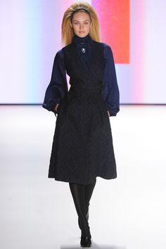 Carolina Herrera Fall 2012 Ready-to-Wear Fashion Show - Candice Swanepoel