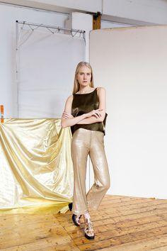 #anniruuth Anni Ruuth Design @anniruuthofficial // #staygold