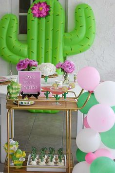 Taco Bout a Party: A Fiesta Themed Party Fiesta Theme Party, Taco Party, Party Themes, Party Ideas, Engagement Party Decorations, Balloon Decorations Party, Birthday Parties, Birthday Ideas, Birthday Design