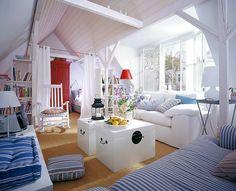 Skandinavischer Stil im Dachgeschoss