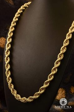 Jewelry Gold chain chains man Rope Chain Chain Jewelry Medusa-Canada Quebec Chicoutimi Chain In gold Gold Chain Design, Gold Bangles Design, Gold Temple Jewellery, Gold Jewelry, Gold Gold, Men's Jewelry Rings, Chain Jewelry, Chunky Gold Necklaces, Gold Chains For Men