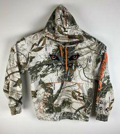 Men Cabela's Predator Quest camoflauge spellout cotton graphic hoodie, sz L #Cabelas Coyote Hunting, Predator, Military Jacket, Hoodies, Sleeves, Cotton, Jackets, Shirts, Men