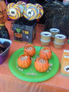 Toddler friendly Halloween snacks.