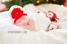 Christmas Baby Newborn Session {Austin, TX Newborn Photography}