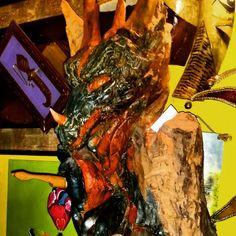 Drago scolpito in legno
