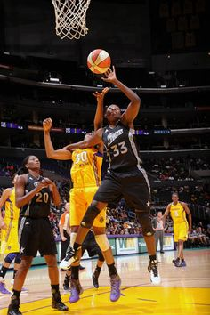 Silver Stars defeated the Sparks in L.A. by 20 points last night 6/24/12. Check out the highlights, photos, recap, and more.