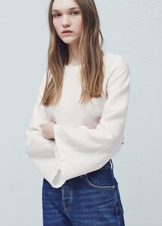 Flowy fabric Textured design Rounded neck Long flared sleeve Teardrop fastening at back Mango Outlet, Shirt Blouses, Shirts, Manga, Blouses For Women, Autumn Fashion, Bell Sleeve Top, Sleeves, Texture