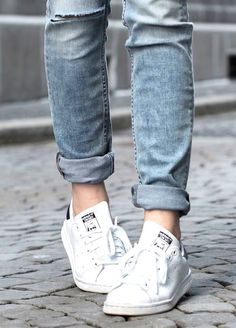 Adidas Stan smith white sneakers, Adidas original superstar sneakers http://www.justtrendygirls.com/adidas-original-superstar-sneakers/