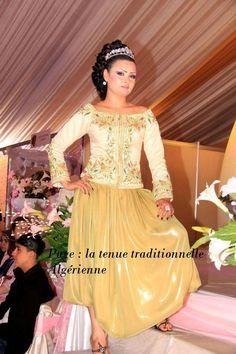 tenue traditionnelle algeroise
