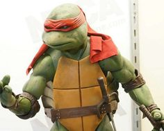 This weekend NECA has some of the nicest figures at the 2016 New York Comic Con. Today we have a gallery to share with you of their Quarter Scale figures, which include some of the nicest Ninja Turtle figures ever made. Check out all the images below and share your thoughts AFTER THE JUMP! Images …