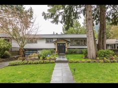 1058 Canyon Boulevard, North Vancouver - Canyon Heights