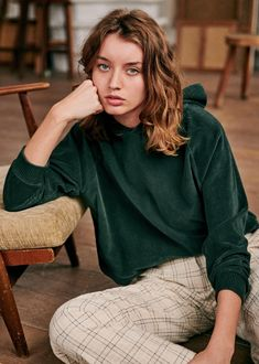 Welcome to the second French revolution. Born in Paris, by Morgane Sézalory, we're for quality, savoir-faire & the perfect cut. Mode Plus, Look After Yourself, Got The Look, Work Looks, Fashion Lookbook, Cool, Winter Collection, How To Introduce Yourself, Hooded Sweatshirts