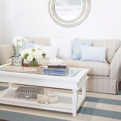 A coffee table is intended to be the focal point of a living room; So selecting the right coffee table for the living-room is a cr… Living Room Modern, My Living Room, Home And Living, Living Room Decor, Dining Room, Die Hamptons, Hamptons Style Decor, Hamptons Style Bedrooms, Hamptons Living Room