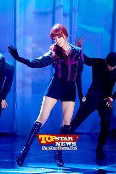 소녀시대(SNSD) 태연-티파니-서현, '늘씬한 각선미 드러내는 멋진 무대' …MBC MUSIC 쇼 챔피언 생방송 현장 [K-POP PHOTO]