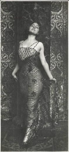 Lyda Borelli, Italian Actress, wearing her dress from the roll of Salome.1911