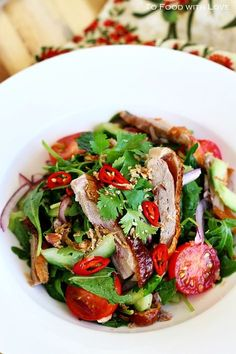 Thai Roast Duck Salad and other post-workout meals that blow protein shakes away! Duck Salad Recipes, Thanksgiving Cookies, Hashbrown Casserole, Best Post Workout Food, Low Carp, Asian Recipes, Healthy Recipes, Delicious Recipes, Roast Duck
