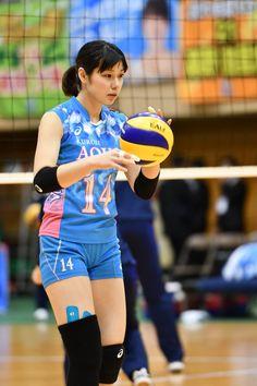 Women Volleyball, Volleyball Players, Knee Injury, Abdominal Muscles, Female Athletes, Sport Girl, Sports Women, Gymnastics, Cute Girls