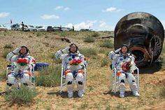 Chinese astronauts came back to Earth