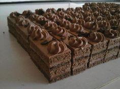Čokoládové Czech Desserts, Cookie Desserts, Just Desserts, Slovak Recipes, Czech Recipes, Baking Recipes, Cake Recipes, Dessert Recipes, Nutella
