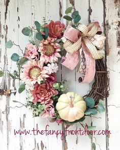 Fall Crafts, Decor Crafts, Holiday Crafts, Thanksgiving Wreaths, Fall Wreaths, Pink Sunflowers, Scarecrow Wreath, Pink Pumpkins, Succulent Wreath