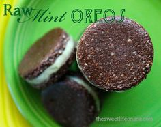 raw mint oreos