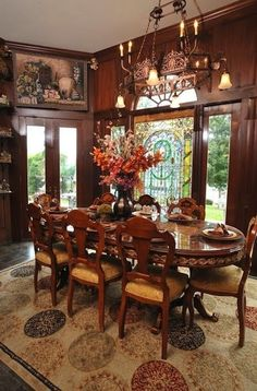 Remodeling in Lincoln, Nebraska. Victorian Architecture Styles: A Victorian dining roomr. Victorian Home Decor, Victorian Interiors, Victorian Homes, Victorian Architecture, Victorian Dining Rooms, Tuscan Decorating, Interior Decorating, Interior Design, Gothic Interior
