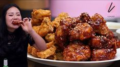 Jump to Recipe·Print Recipe Hi guys! Today I'm super duper exited because I'm finally sharing the Korean Fried Chicken recipe with you guys! This Korean fried chicken recipe is… Korean Chicken Wings, Korean Fried Chicken, Chicken Recipes Video, Fried Chicken Recipes, How To Make Bulgogi, Garlic Fried Chicken, Ginger Chicken, Fried Chicken Ingredients, Asian Recipes