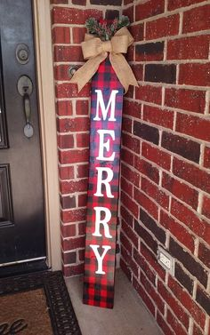 40 x 6 hand painted wood buffalo plaid sign, available adorned with berries or deer. Also available in 48 length. *All signs are treated with a clear lacquer finish to protect from the elements. Christmas Wood Crafts, Homemade Christmas Decorations, Christmas Signs Wood, Christmas Projects, Holiday Crafts, Christmas Diy, Christmas Porch Ideas, Buffalo Plaid Christmas Ornaments, Craft Decorations
