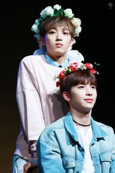 Up10tion Sunyoul Xiao flowers in hair