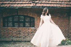 simple and lovely wedding dress