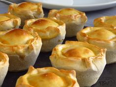 Quiches, Tapas, Portuguese Recipes, Portuguese Food, Baking Business, I Want To Eat, Finger Foods, Wine Recipes, Delish